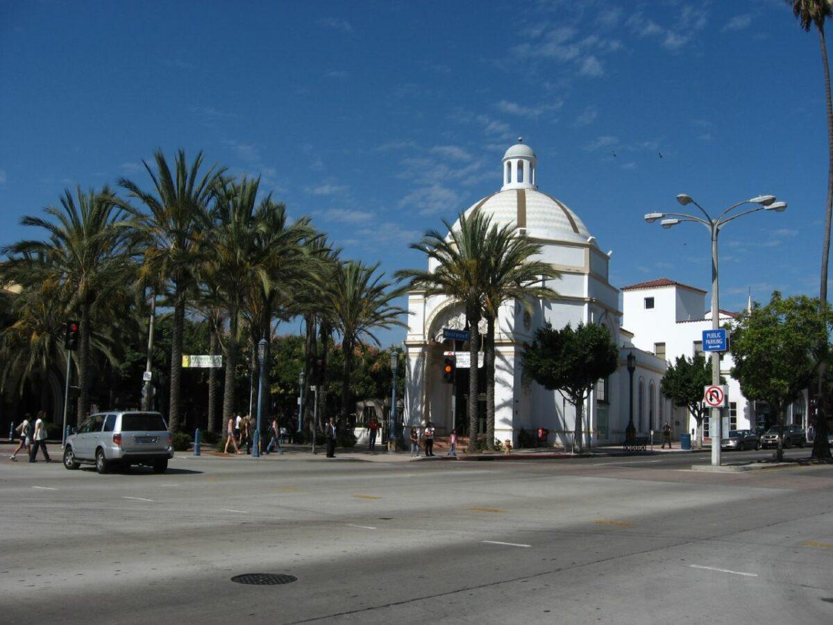 Westwood_Village_Los_Angeles