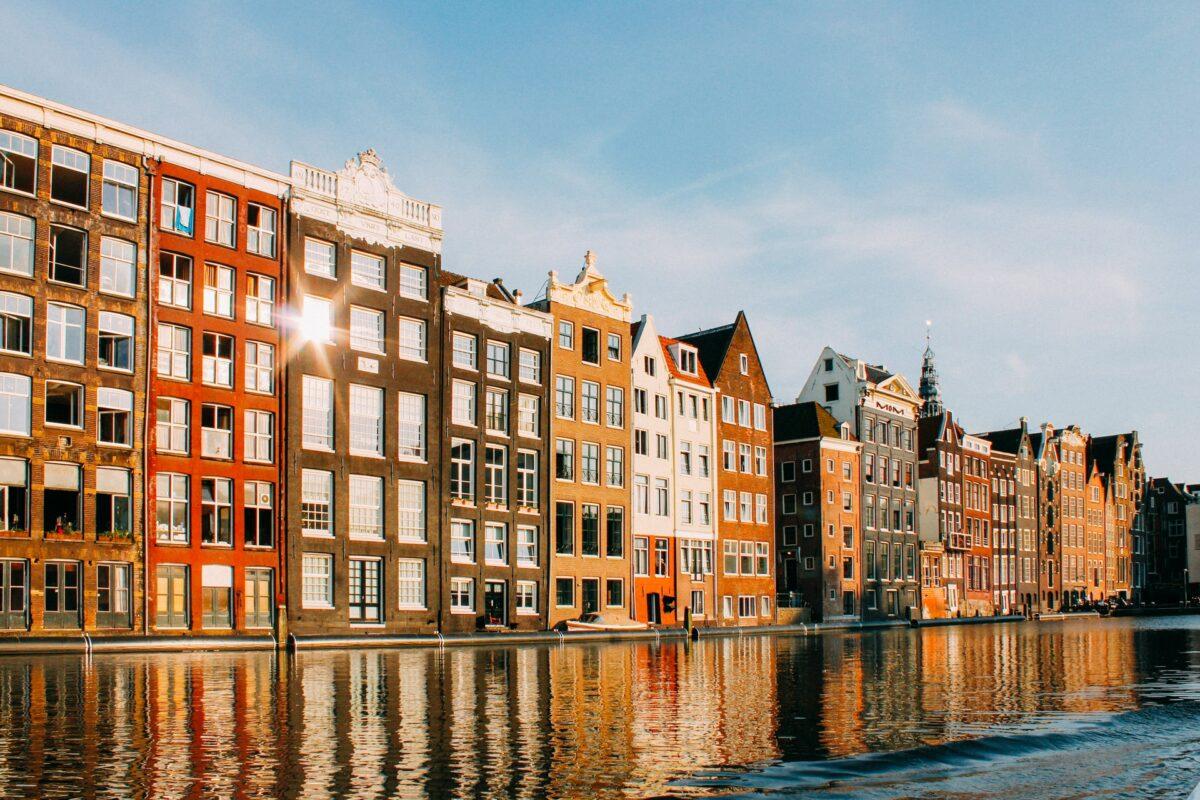 luggage storage amsterdam